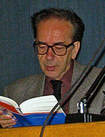 Picture of an author: Ismail Kadare
