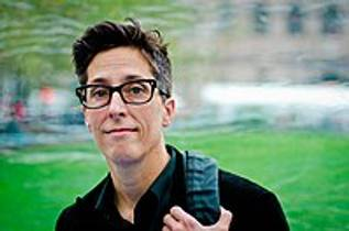 Picture of an author: Alison Bechdel