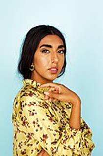Picture of an author: Rupi Kaur