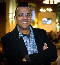 Picture of an author: Simon Singh